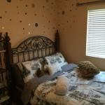 bedroomback1